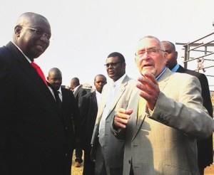 Zambian VP Guy Scott and his Malawian counterpart Khumbo Kachali. Picture by CHRISTINE CHISHA via Zambia Daily Mail