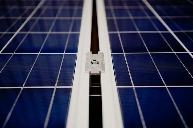 solar-cells-594166_640